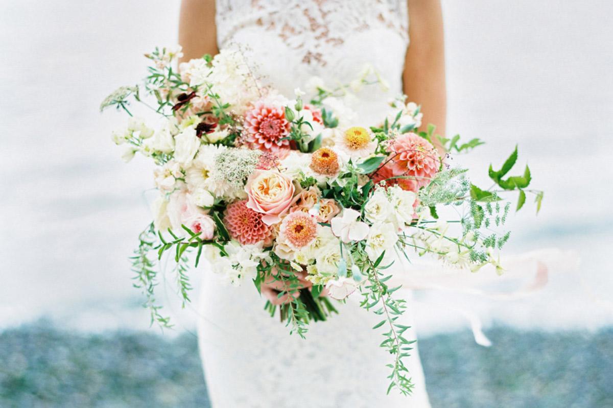Prendere Il Bouquet Della Sposa.Il Bouquet Che Tutte Le Invitate Vorrebbero Prendere Al Volo